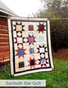 Colcha patchwork con estrellas para cuna