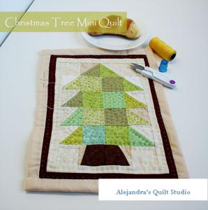 Christmas tree mini quilt tutorial