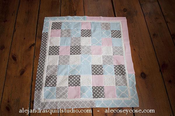 como hacer una colchita patchwork para bebé